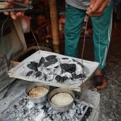 Proses pembuatan kue Sagon