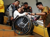 Handle with care, salah penanganan dapat berakibat fatal