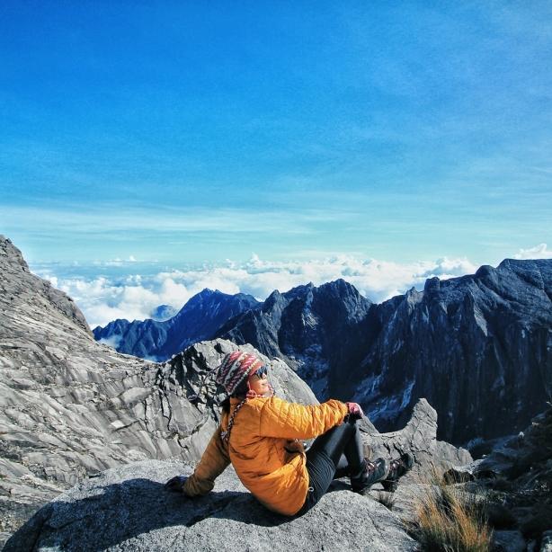 Satya Winnie - Gunung