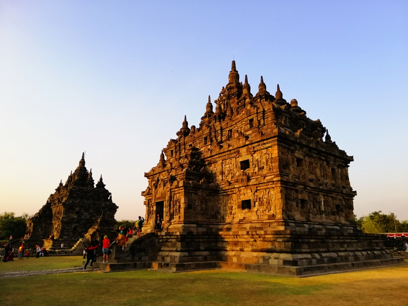 Candi Plaosan berciri arsitektur Buddha dan Hindu