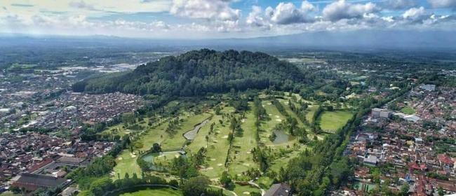 gunung Tidar, pusatnya tanah Jawa